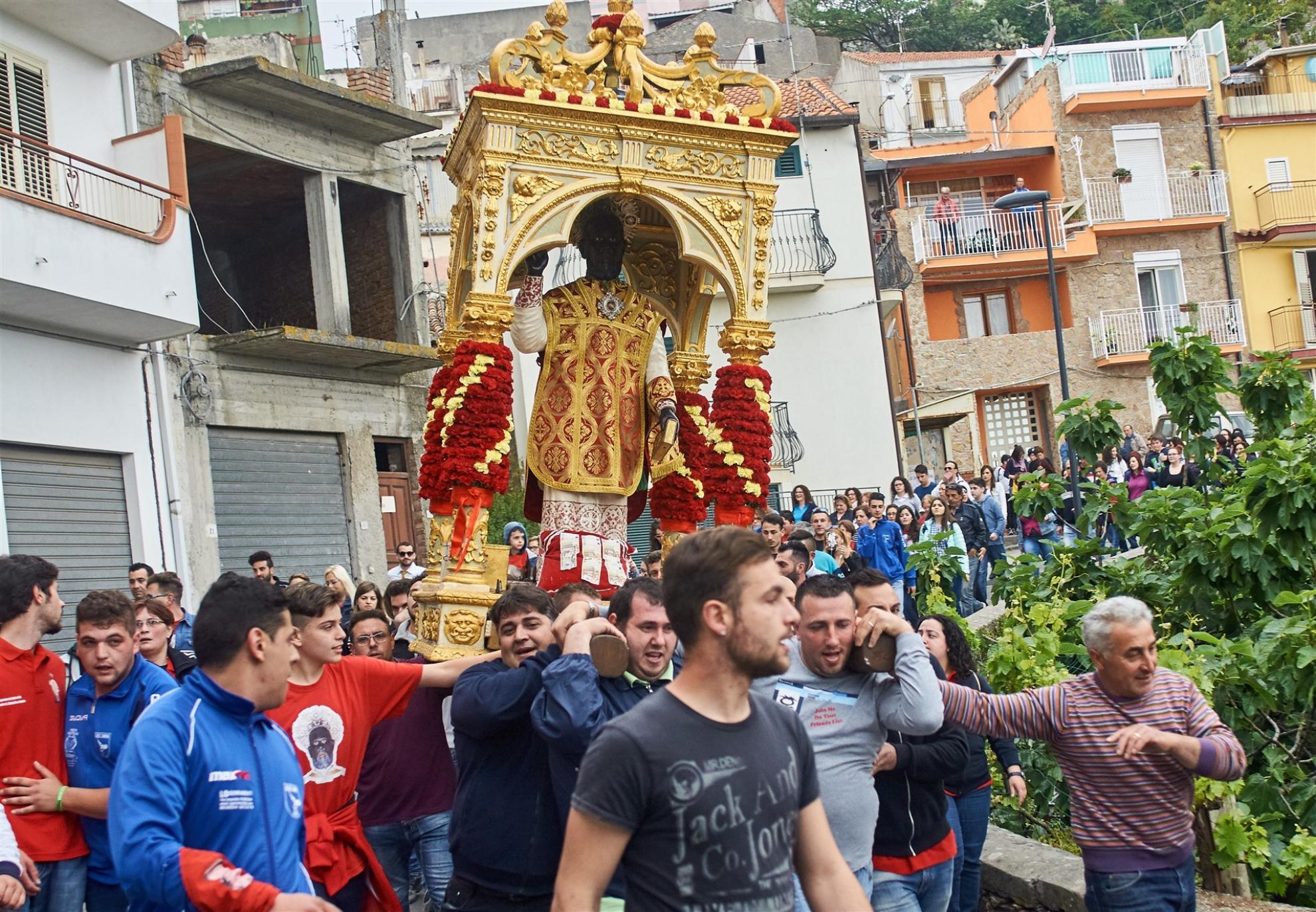 Viaggio fra le Feste di San Filippo: Limina, Aci Catena, Calatabiano